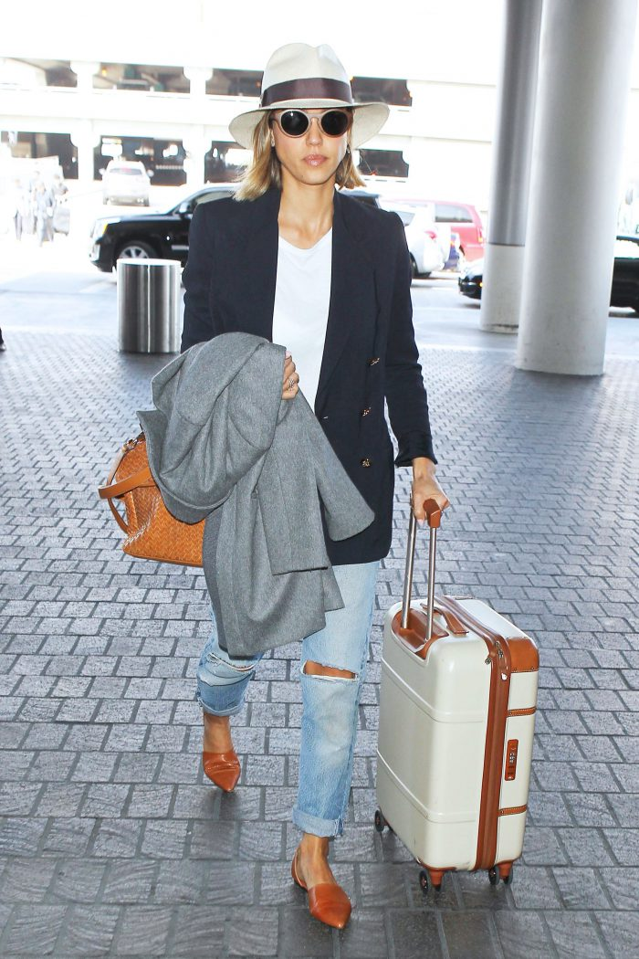 12882291de0e Airport Style Ultimate Guide For An Awesome Look 2019 ...