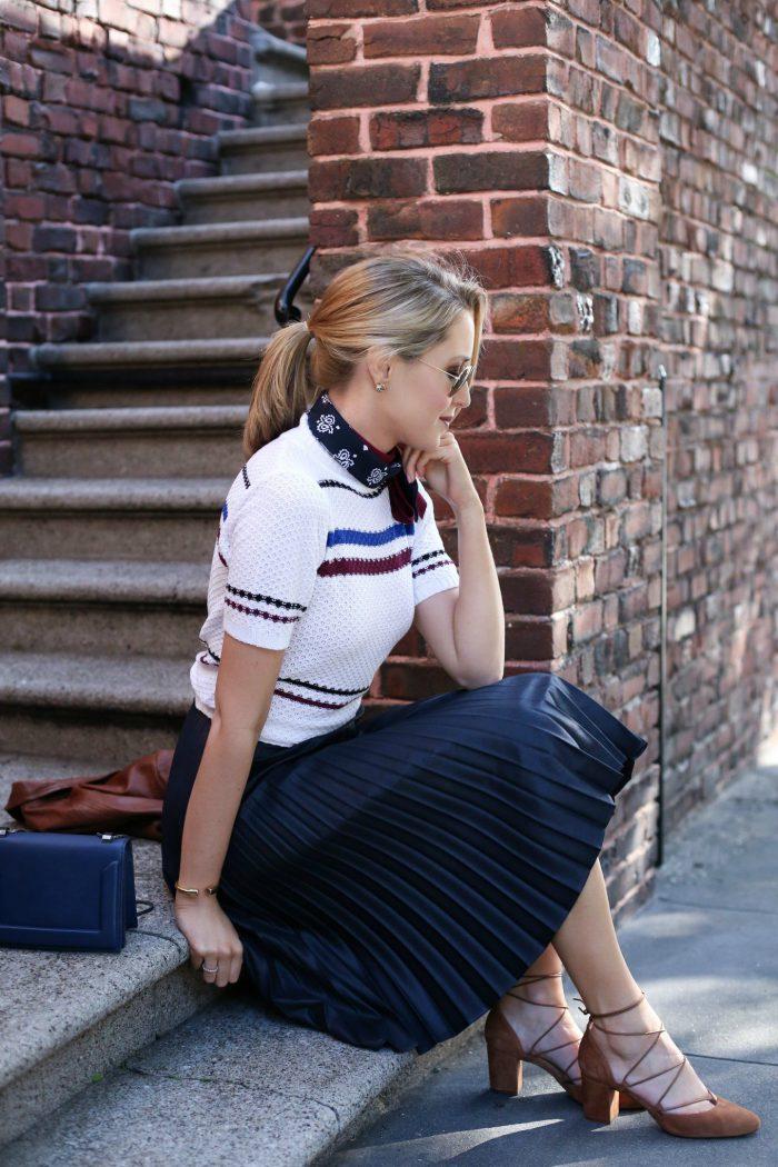 Cool Ways For Women To Wear Bandana 2021