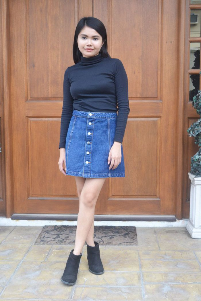 2018 Mini Skirts And Turtlenecks Outfit Ideas (14)