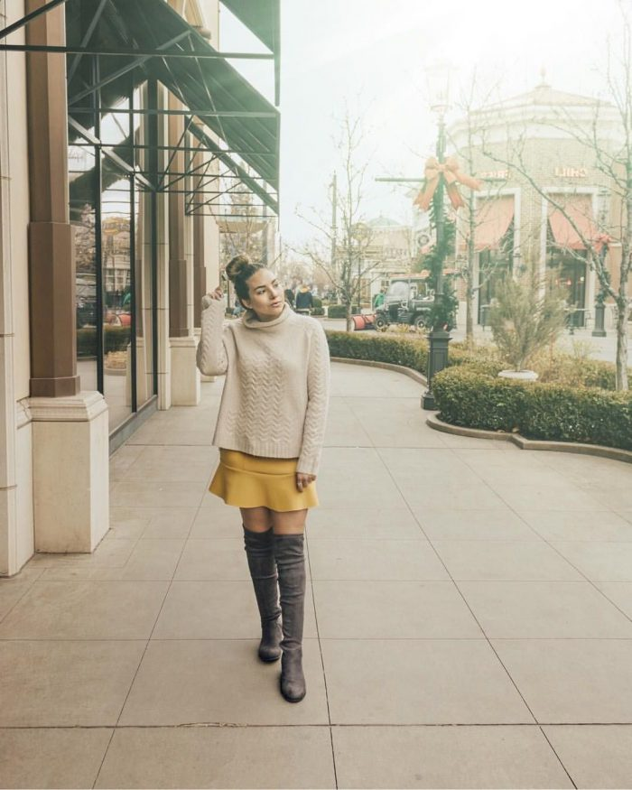 2018 Mini Skirts And Turtlenecks Outfit Ideas (2)