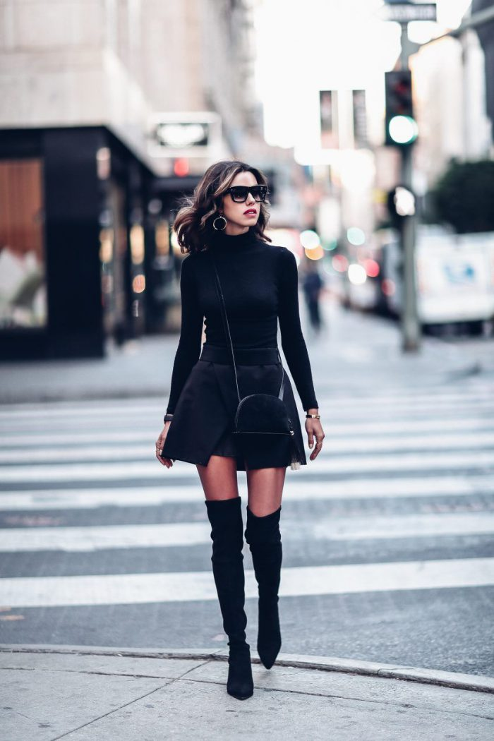 2018 Mini Skirts And Turtlenecks Outfit Ideas (27)