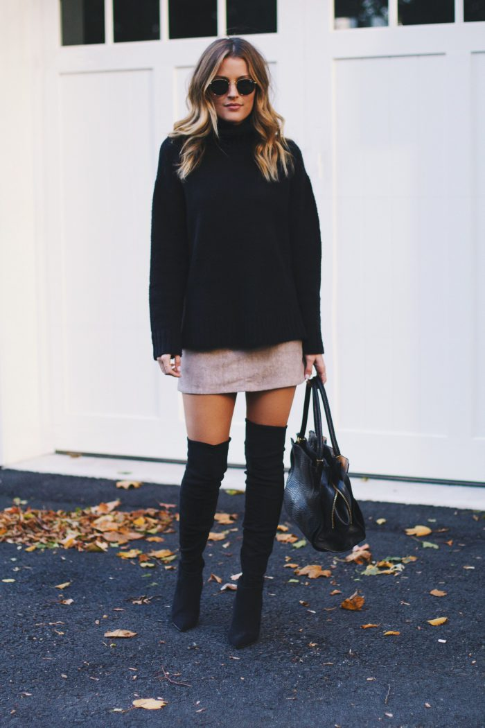 2018 Mini Skirts And Turtlenecks Outfit Ideas (7)