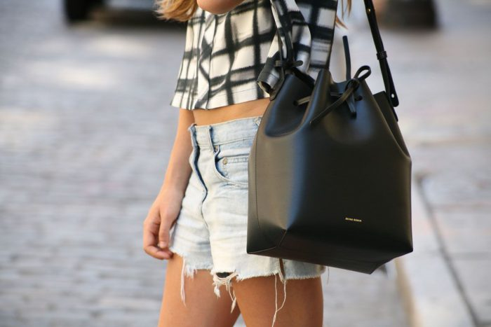 How To Style Drawstring Bucket Bags 2020