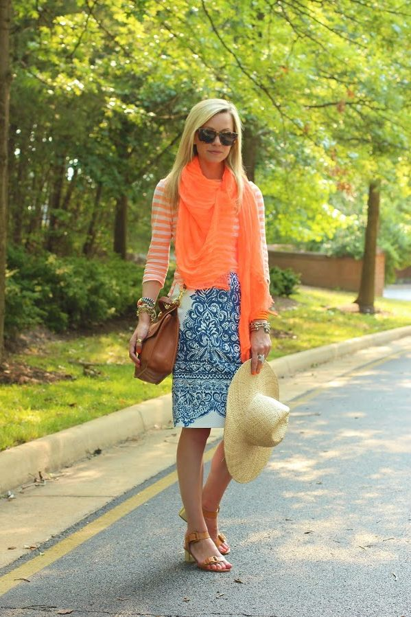 How Women Should Mix Prints and Patterns 2020