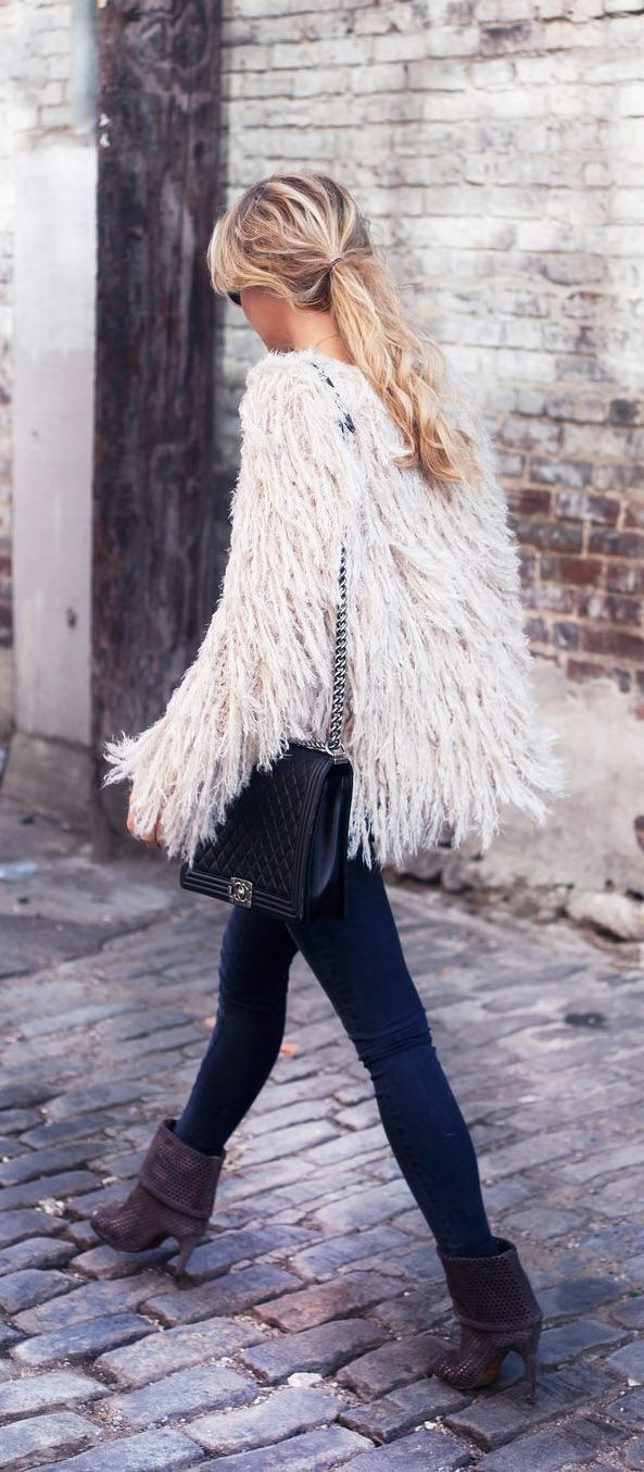 Sweet Winter Outfit Ideas For Women 2019