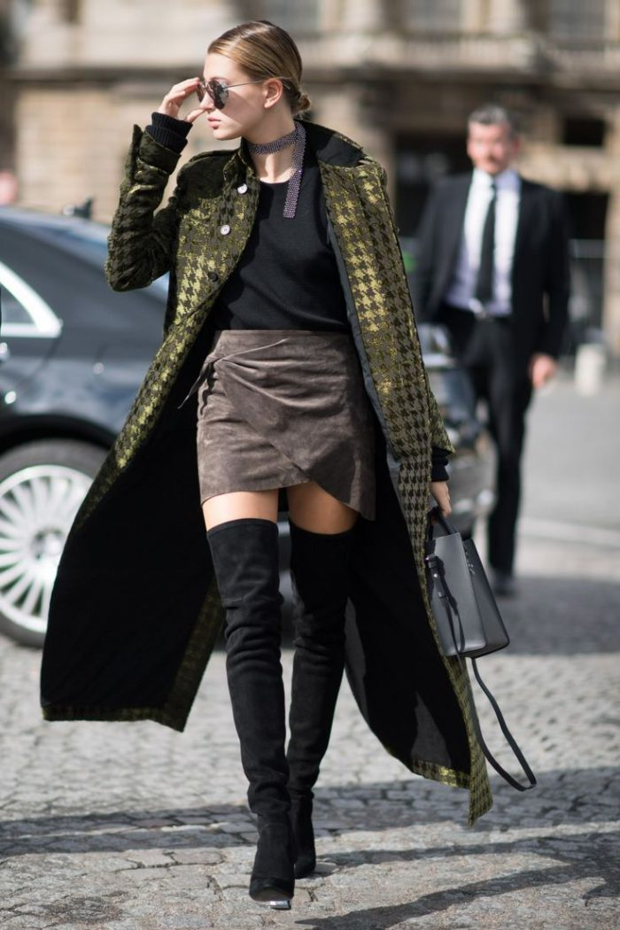 How to Wear a Miniskirts When It's Cold 2019