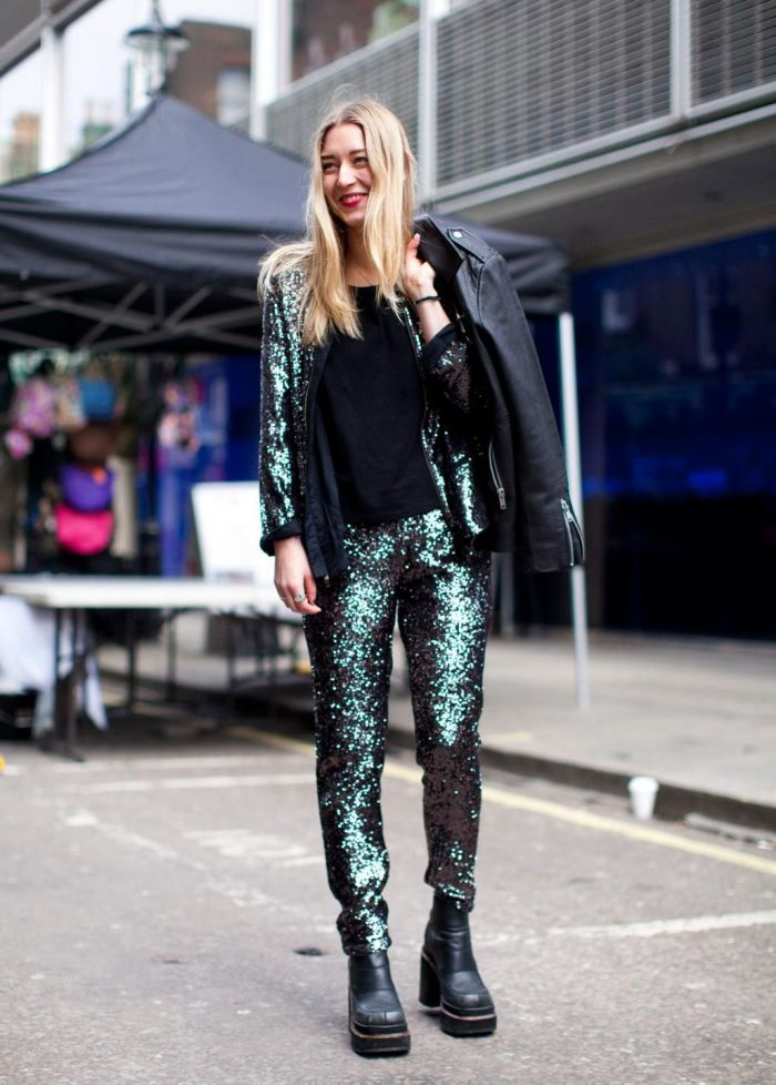 34 Summer Ways To Wear Sequins And Look Glamorous 2020