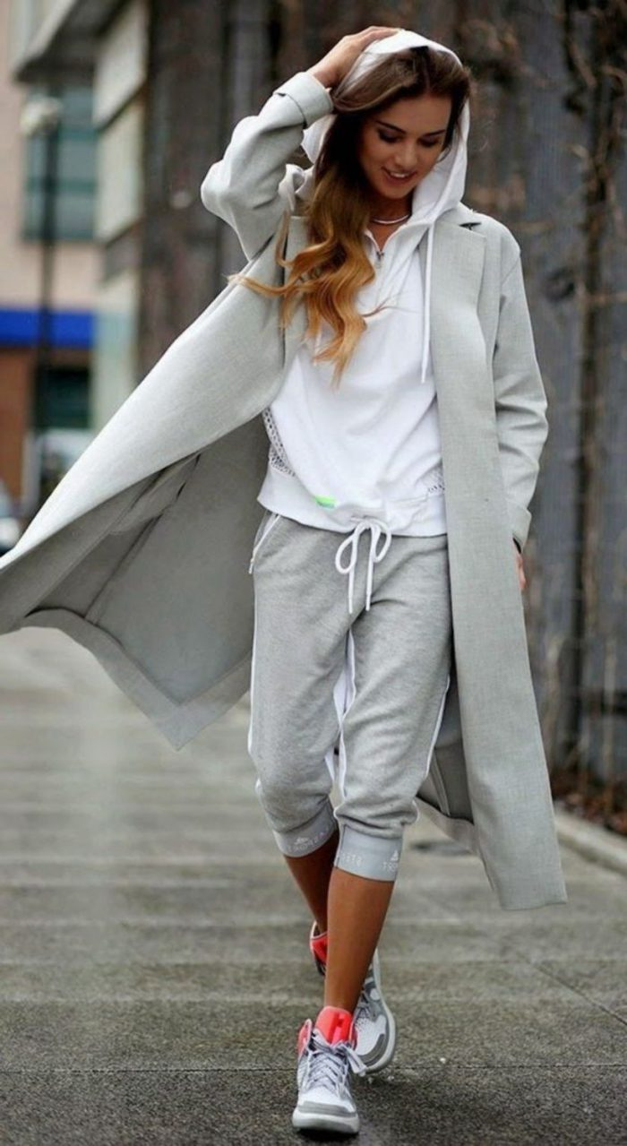 22 Fashionable Ways To Wear Sweatpants 2020