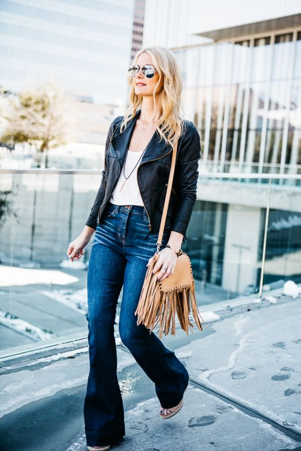 How to Look Awesome In Flared Jeans 2019