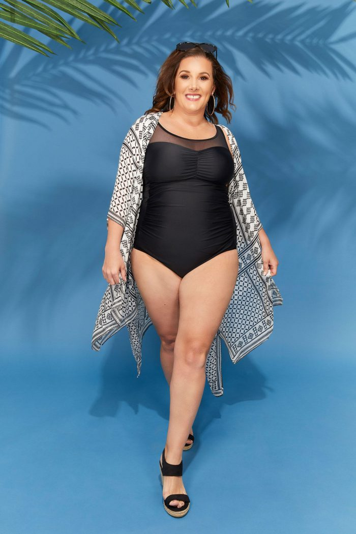 2018 Plus Size Swimwear And Beachwear For Women Street Looks (18)