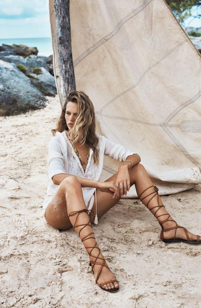 38 Seventies Inspired Beachwear Looks For Summer 2021