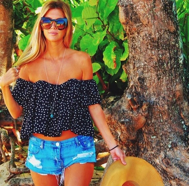 43 Tops For Women To Try This Summer 2019