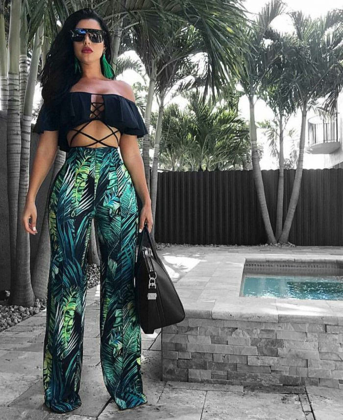 49 Tropical Vacation Outfit Ideas For Women 2020