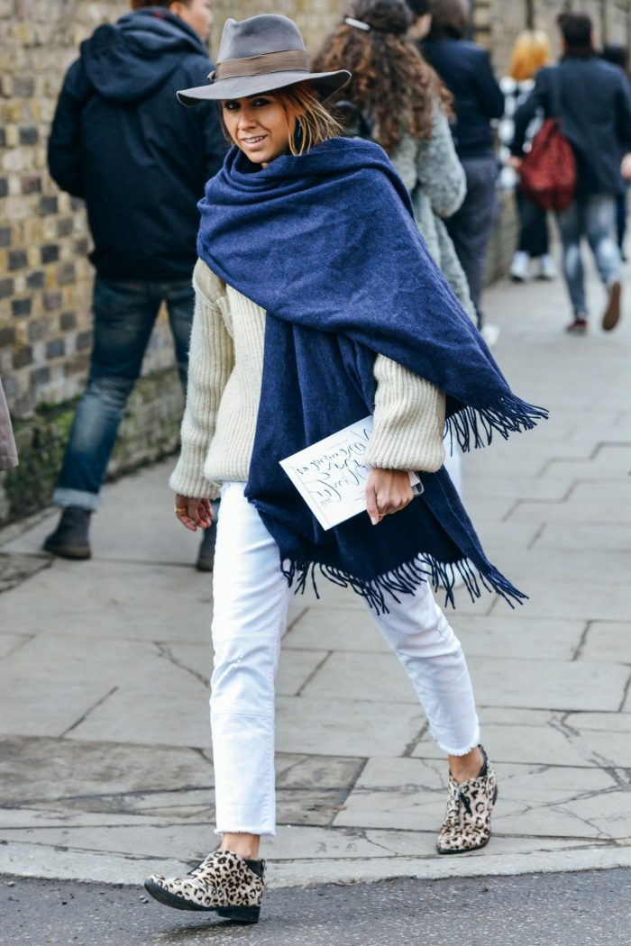 How To Wear Women Fall Scarves 2021