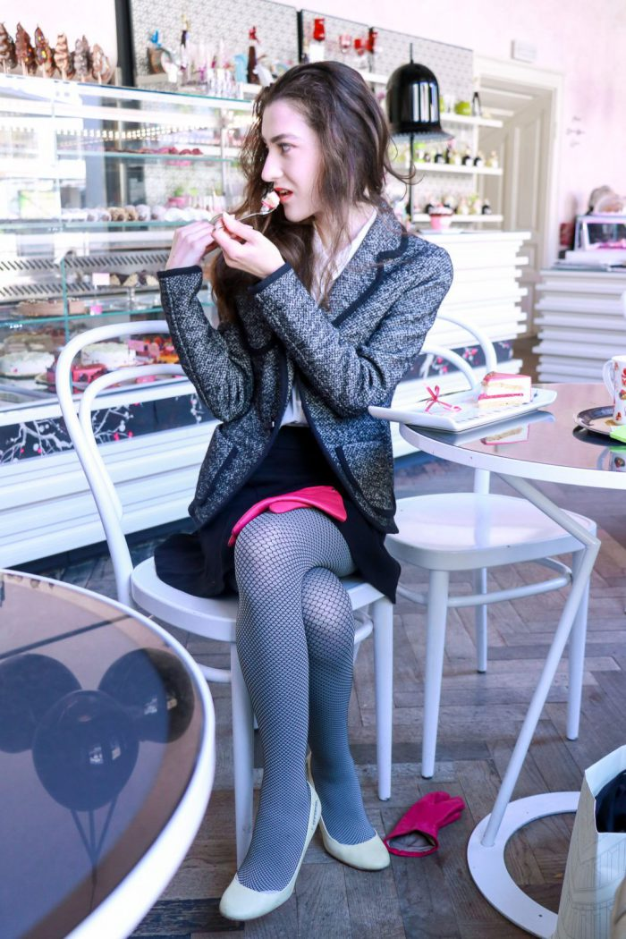 How To Wear Tights This Year Street Style (2)
