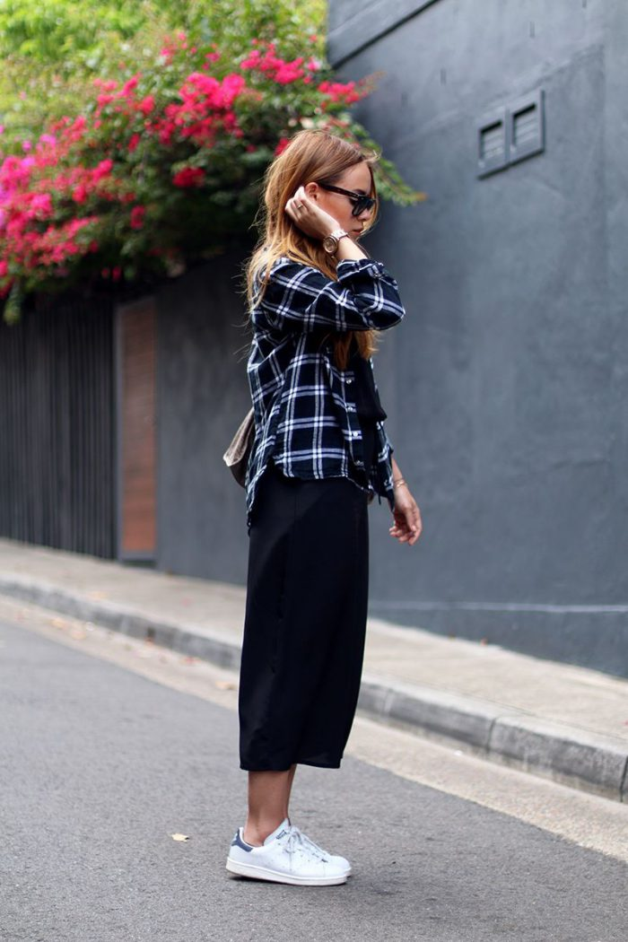 Plaid Shirts For Women Simple Street Style Looks (1)