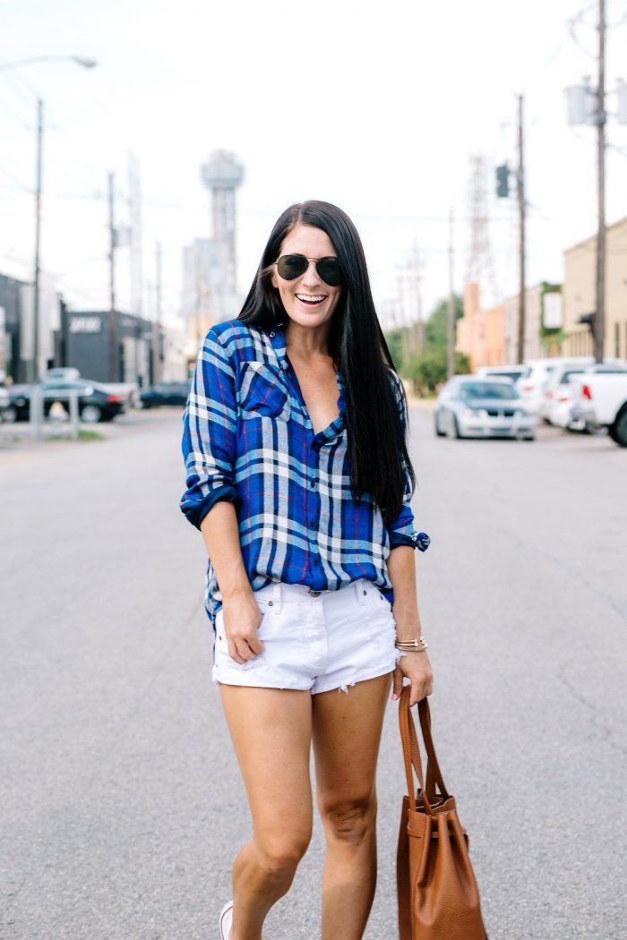 Plaid Shirts For Women Simple Street Style Looks (13)