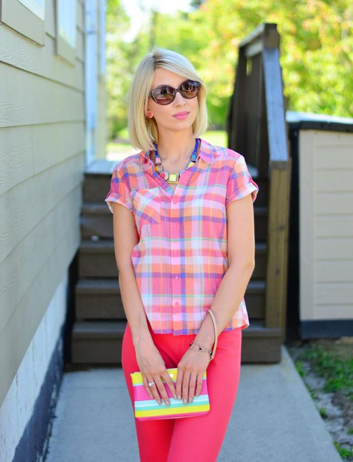Plaid Shirts For Women Simple Street Style Looks (25)