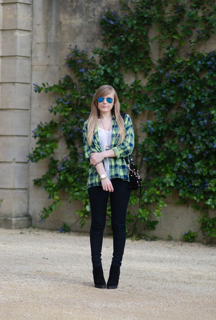 Plaid Shirts For Women Simple Street Style Looks (3)