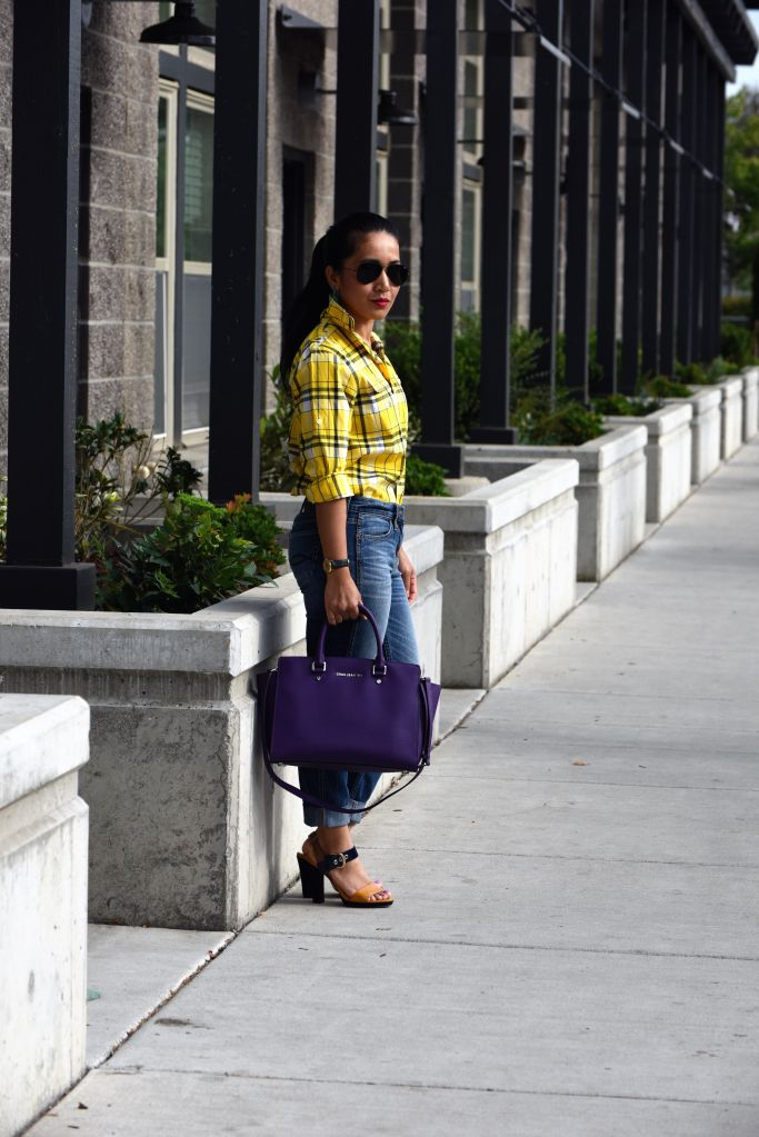 Plaid Shirts For Women Simple Street Style Looks (4)