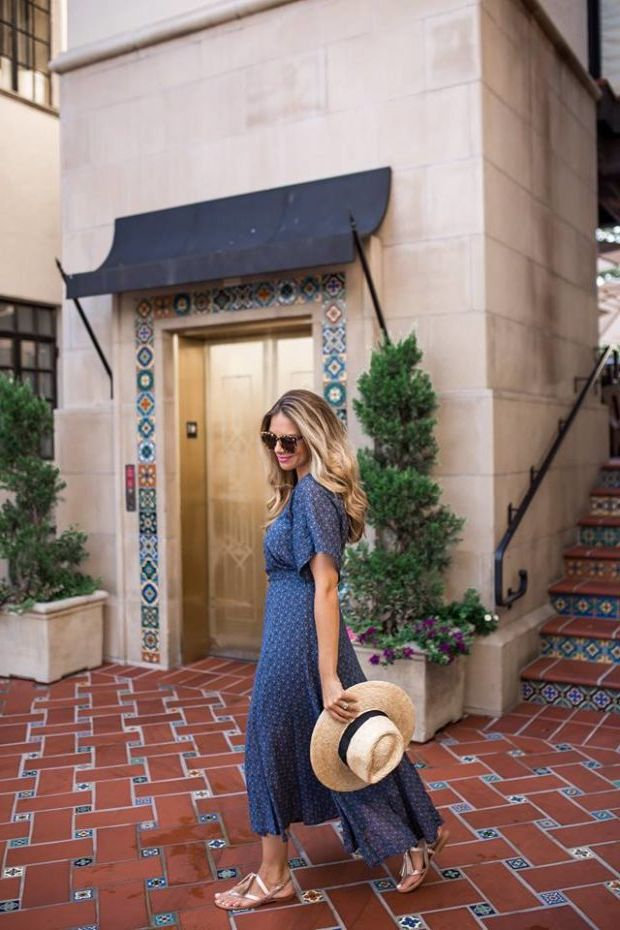 What Shoes can I Wear with a Maxi Dress Street Style (10)