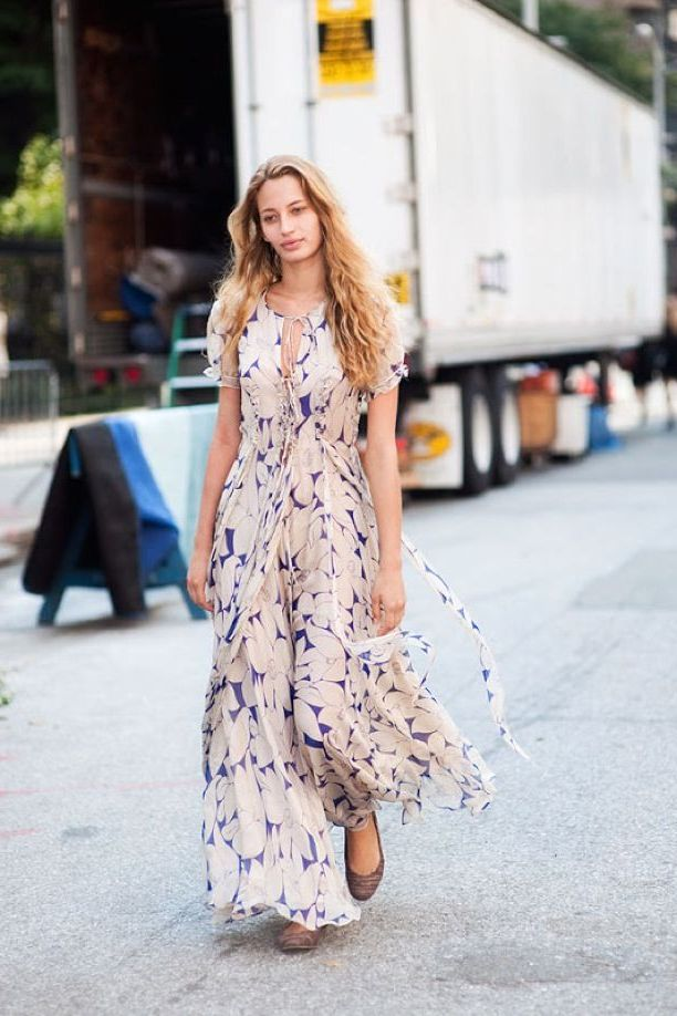 What Shoes can I Wear with a Maxi Dress Street Style (32)