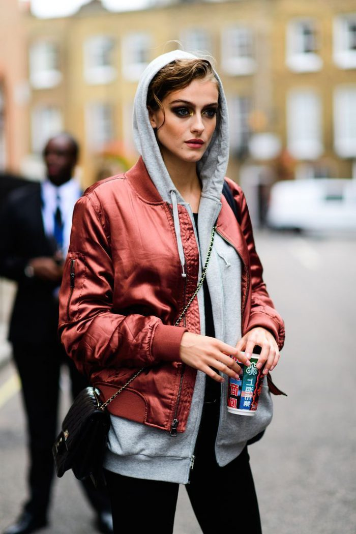 Inspiring Ways To Wear Hooded Sweatshirts For Women 2019