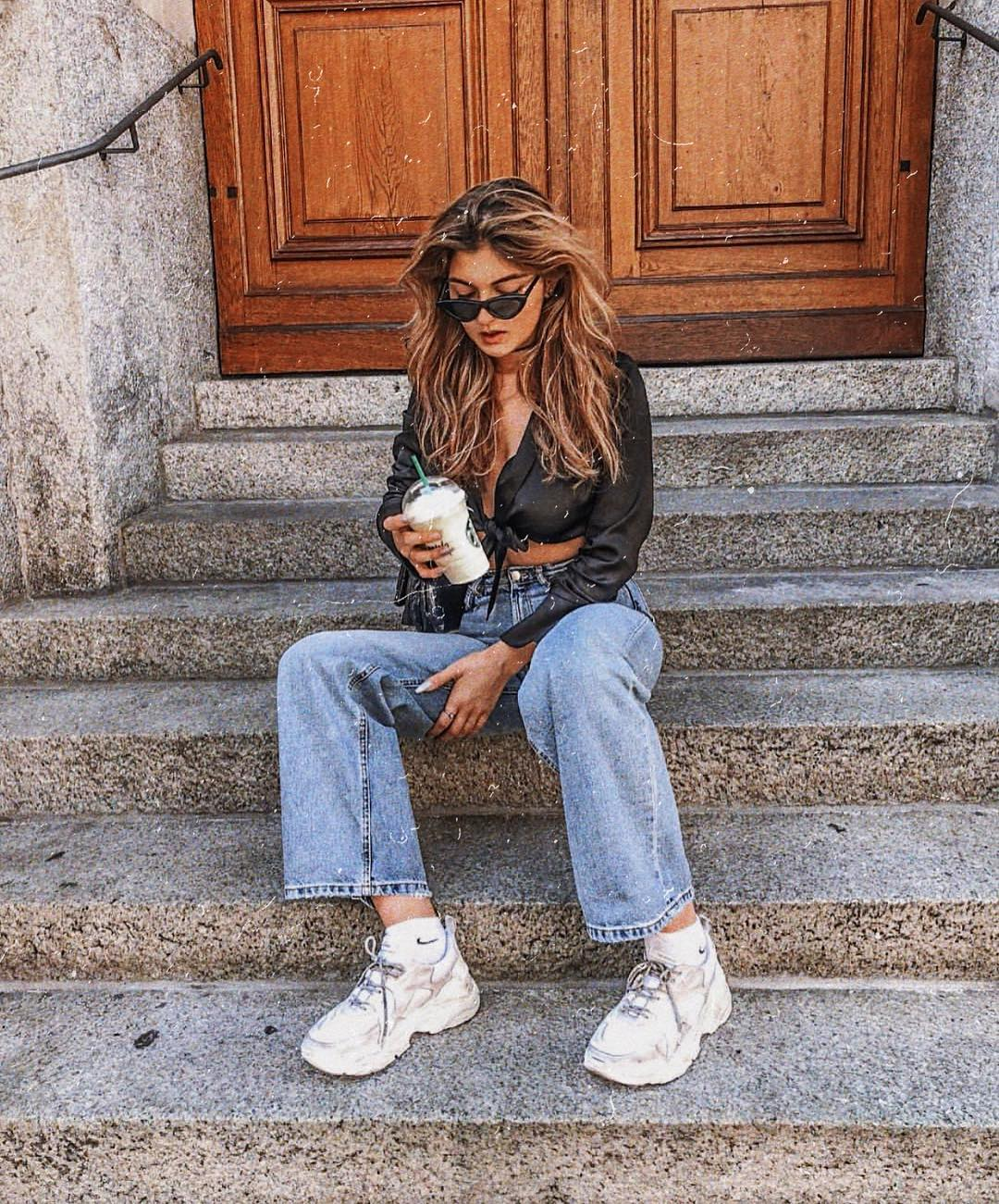 Casual Summer Basics: Silk Black Crop Blouse, Boyfriend Jeans And Chunky Sneakers In White 2019