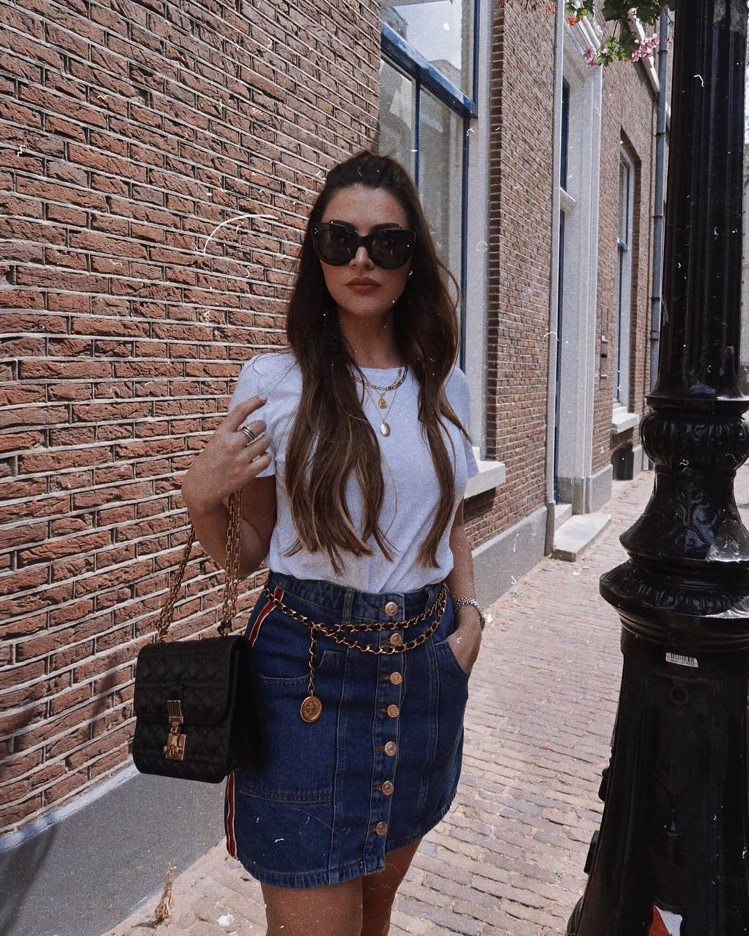 White Tee And Denim Skirt: Simple Summer Day Look 2019