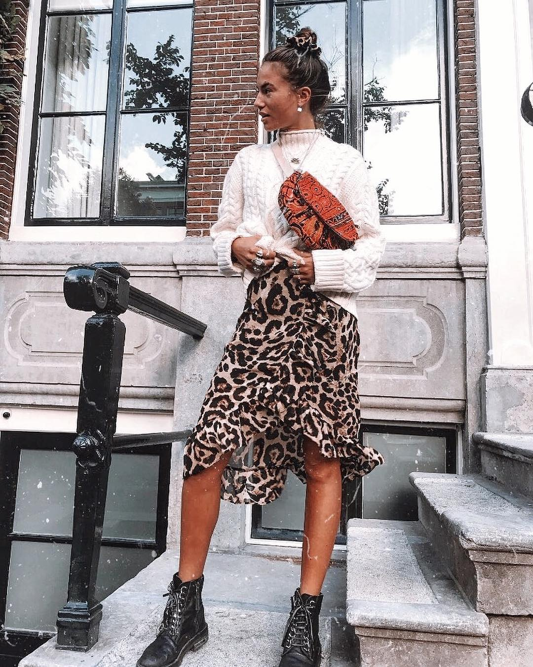 How To Wear Leopard Print Midi Skirt During Fall Season Days 2021
