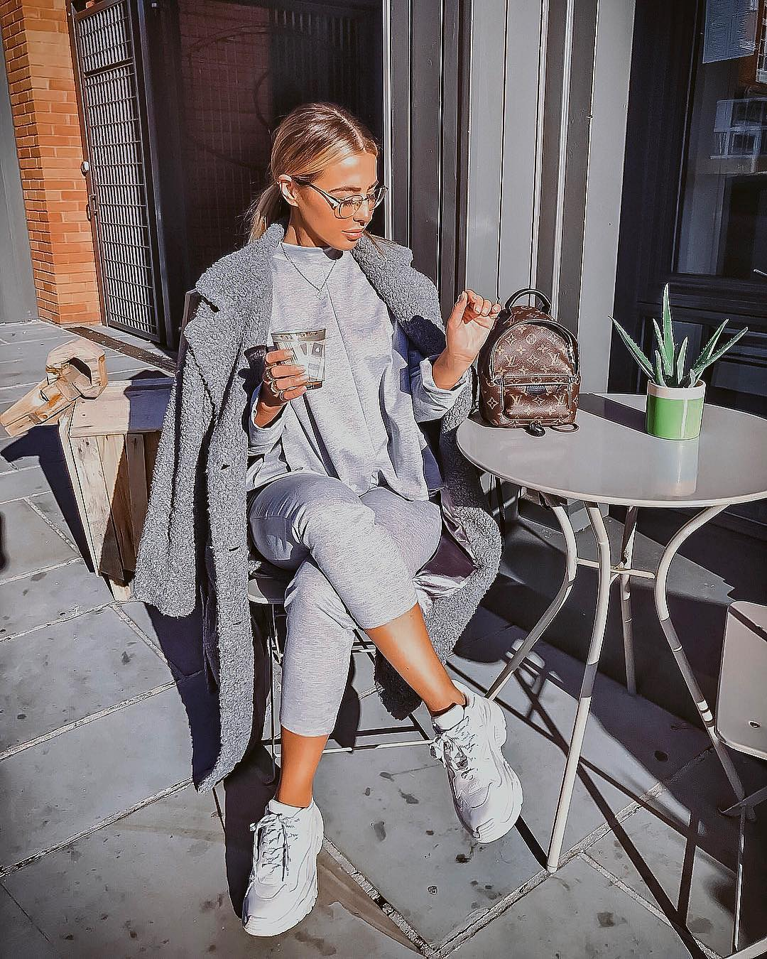 Urban Sporty Essentials: All In Grey Shade 2019