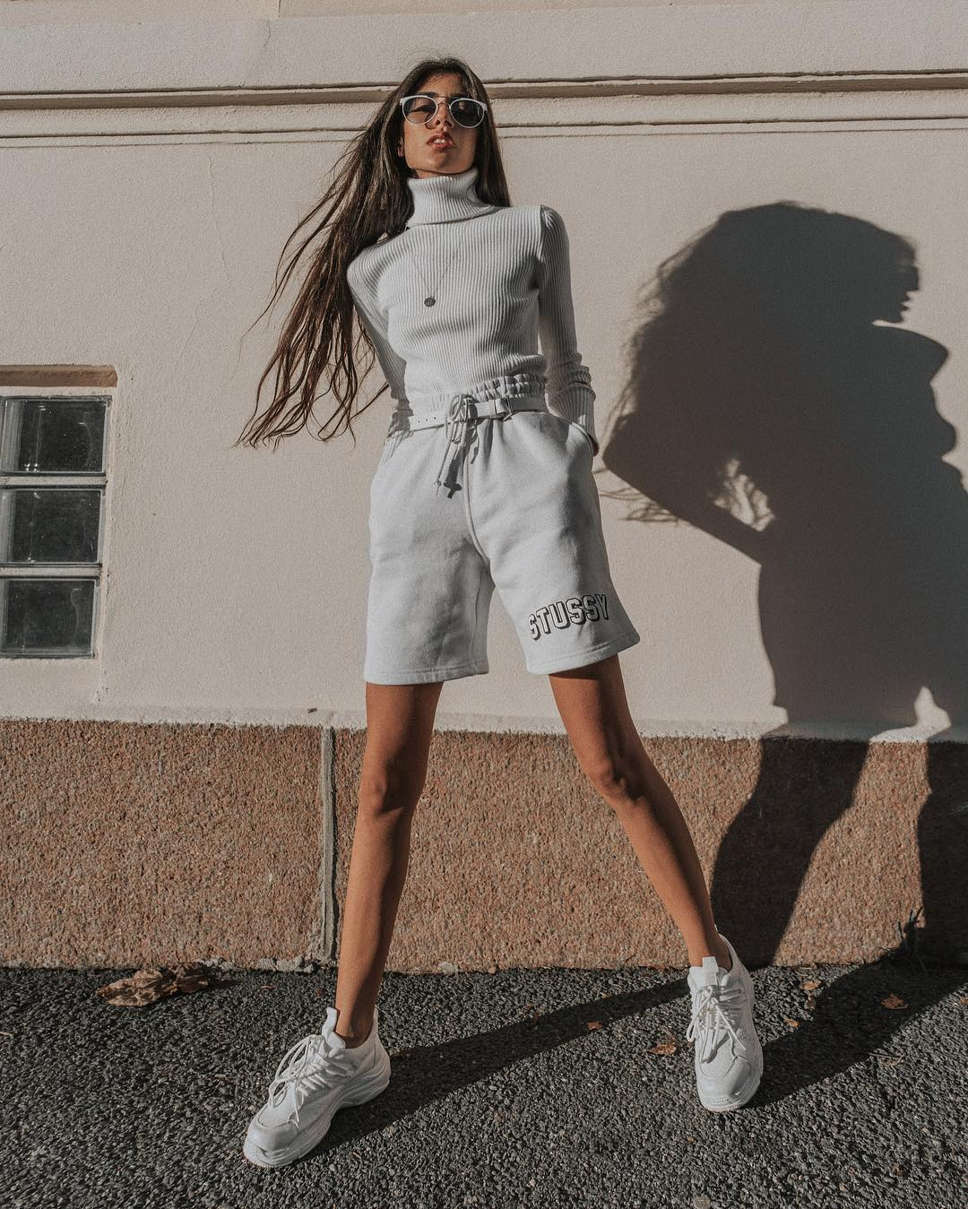Turtleneck, Shorts, Sneakers: Monochrome Look For Spring 2020