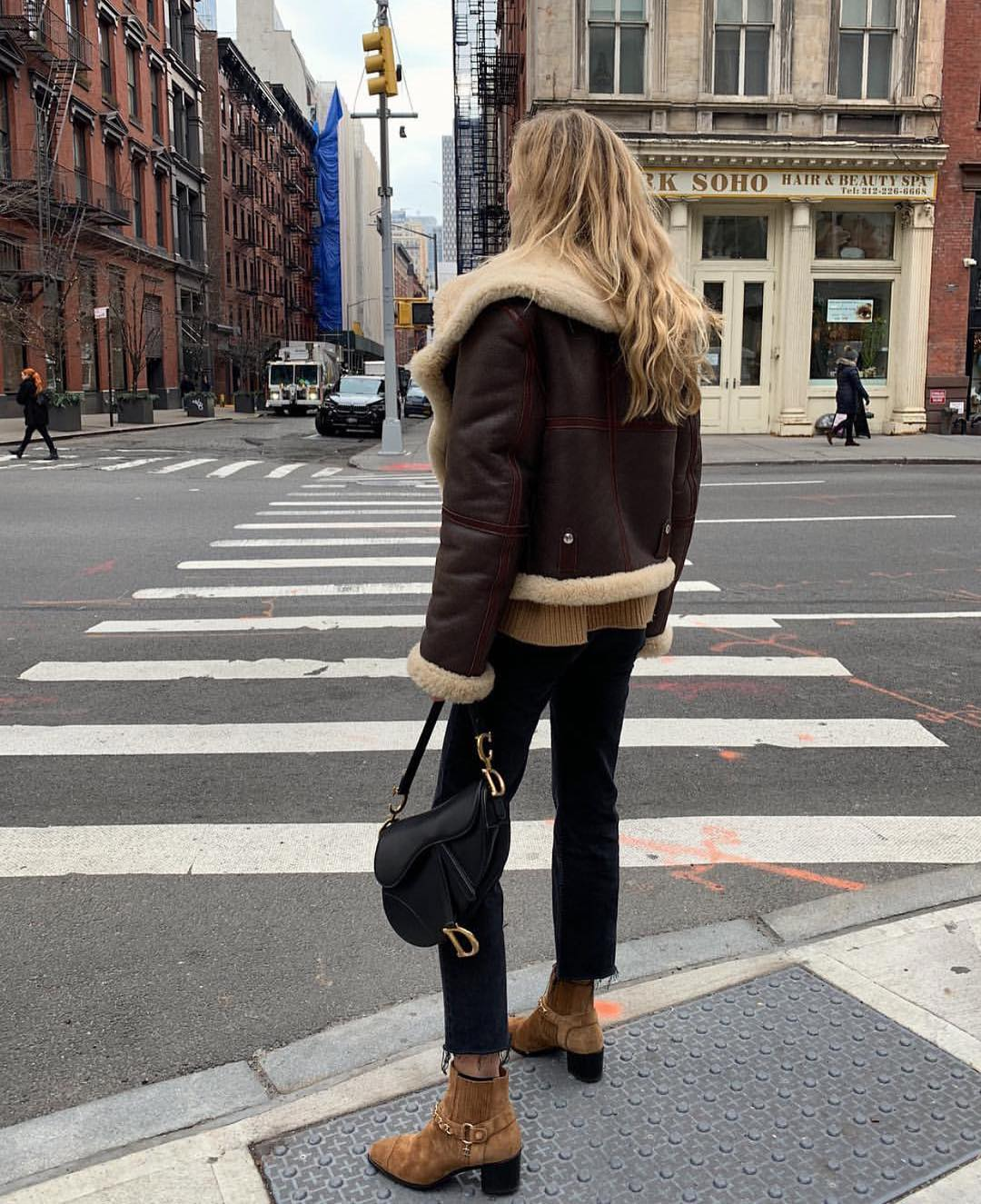 Fall Essentials For Young Ladies: Street Style Ideas 2019