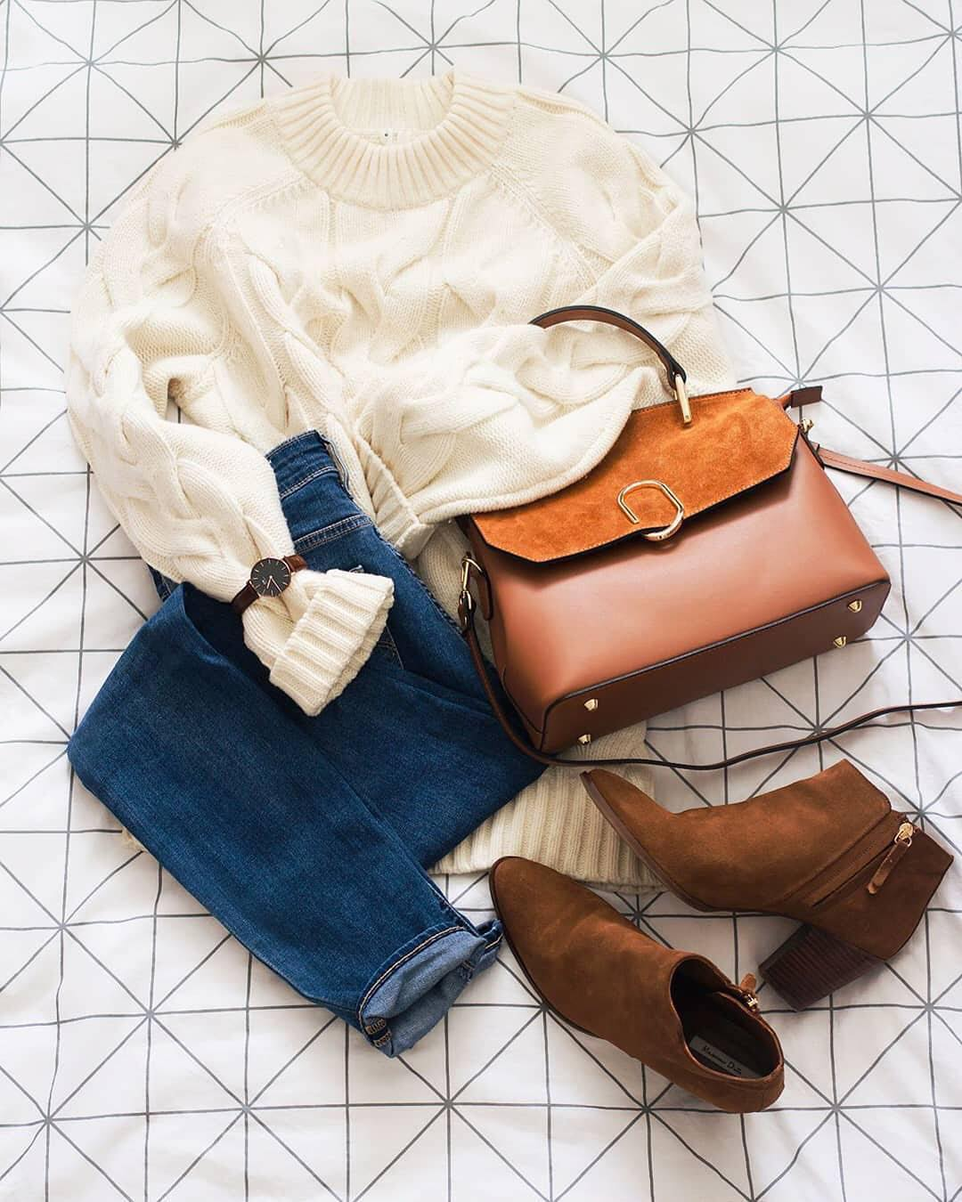 White Sweater, Blue Jeans And Booties: Fall Essentials 2019