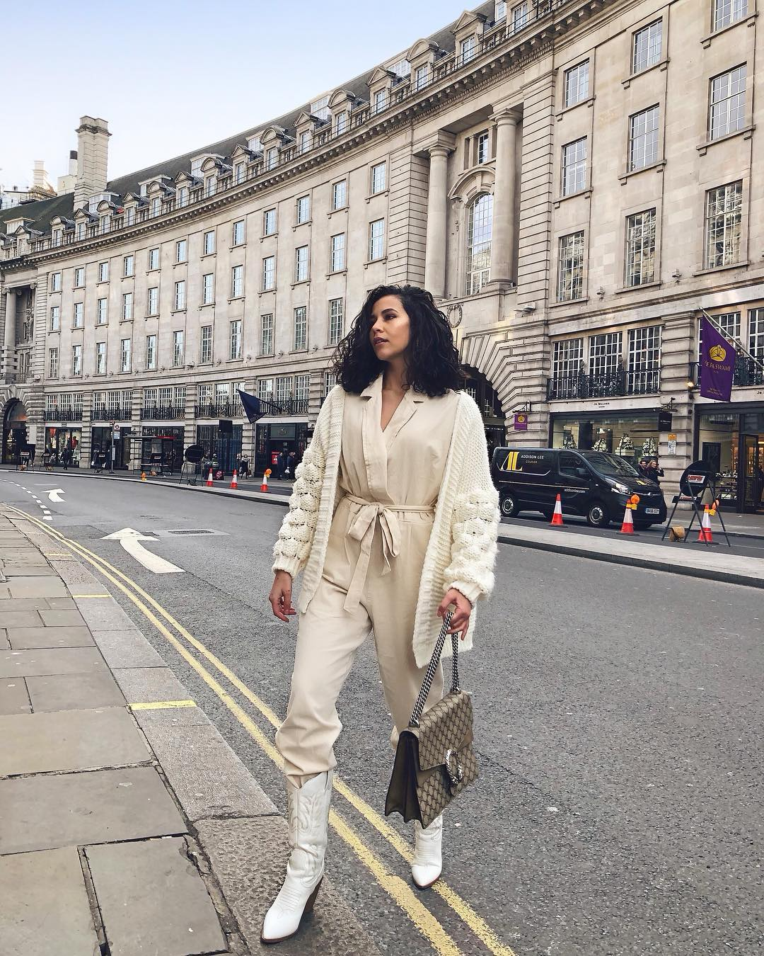 All White Outfit Idea: Jumpsuit, Cardigan And Cowboy Boots For Spring 2019