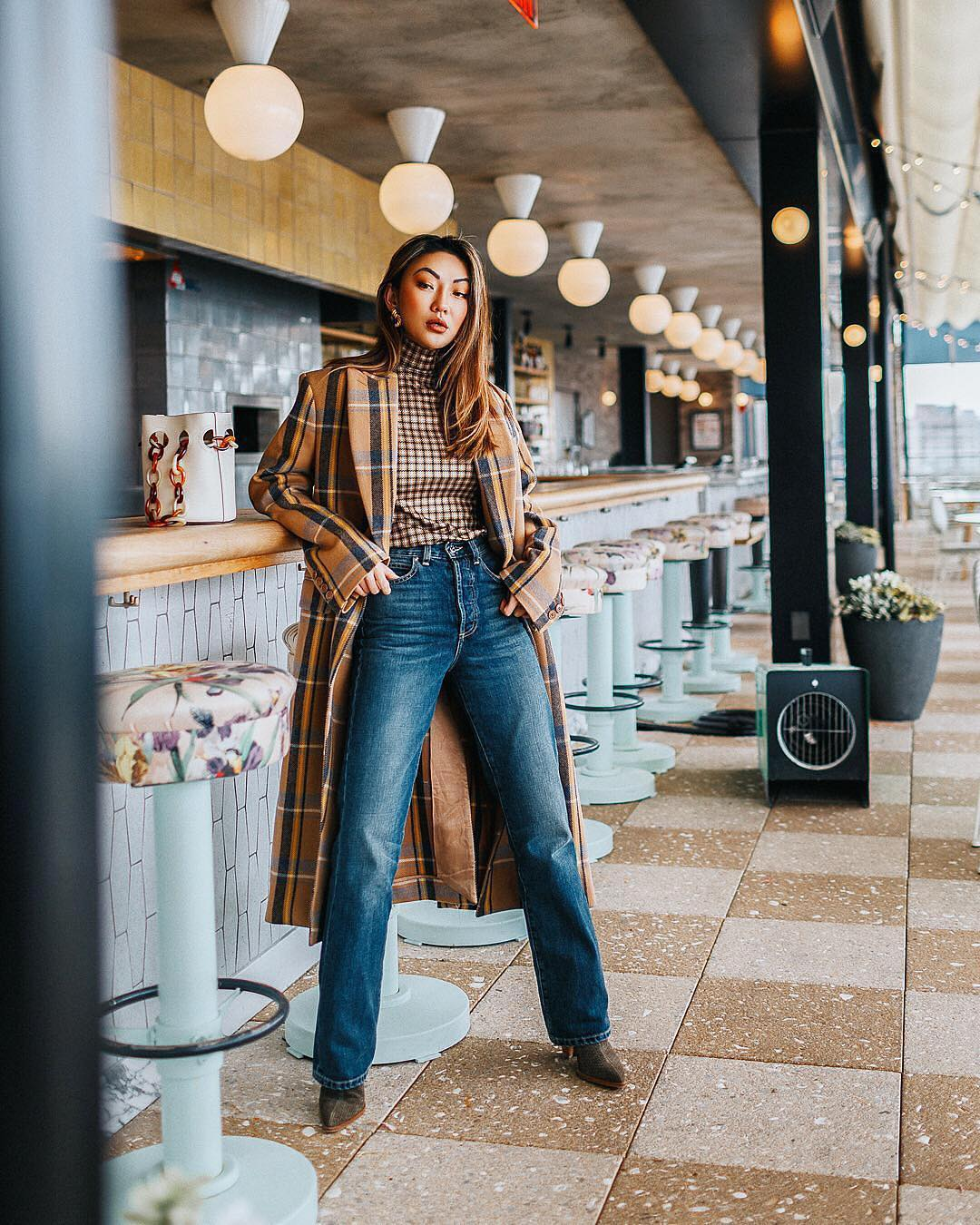 Long Plaid Coat With Plaid Turtleneck And Regular Jeans For Fall 2020